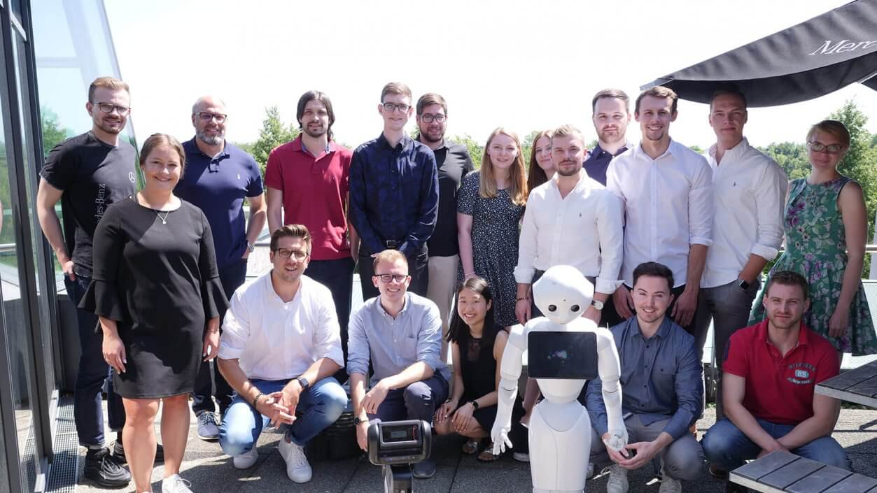 Smart robots in the dealership